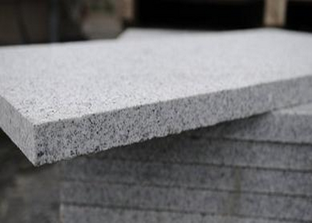 Granite Paving Silver 30mm